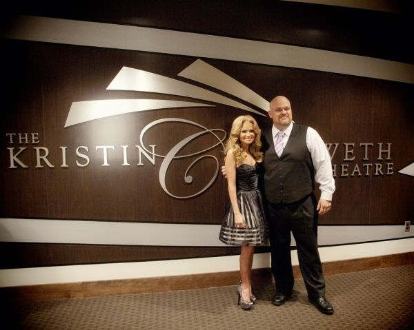 Kristin Chenoweth Creates New Charity with Broken Arrow Performing Arts Center Foundation