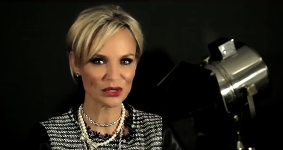 Parade Rewind with Kristin Chenoweth: The Benefits of Being 4'11'' and Her Surprise Asthma Diagnosis