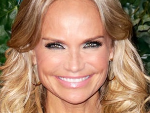Kristin Chenoweth Talks Reuniting with the Original Wicked Cast: 'Hurry Up Before I Get Too Old!'