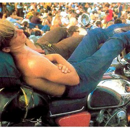 Happy Labor Day! Kick back, relax, and enjoy the music…