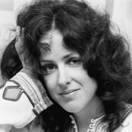 "Grace Slick's Inspiration For Writing ""White Rabbit"""