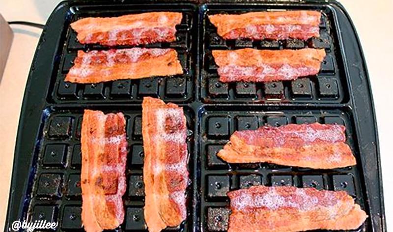 bacon_waffles