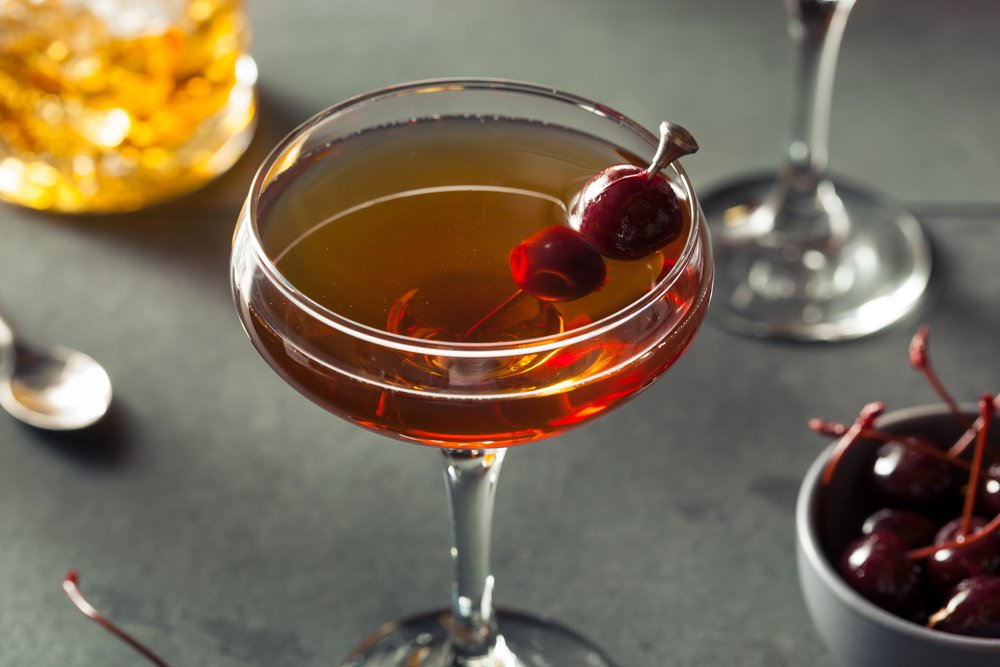 50 Drinks In 50 States A Manhattan In New York Margaritaville Blog