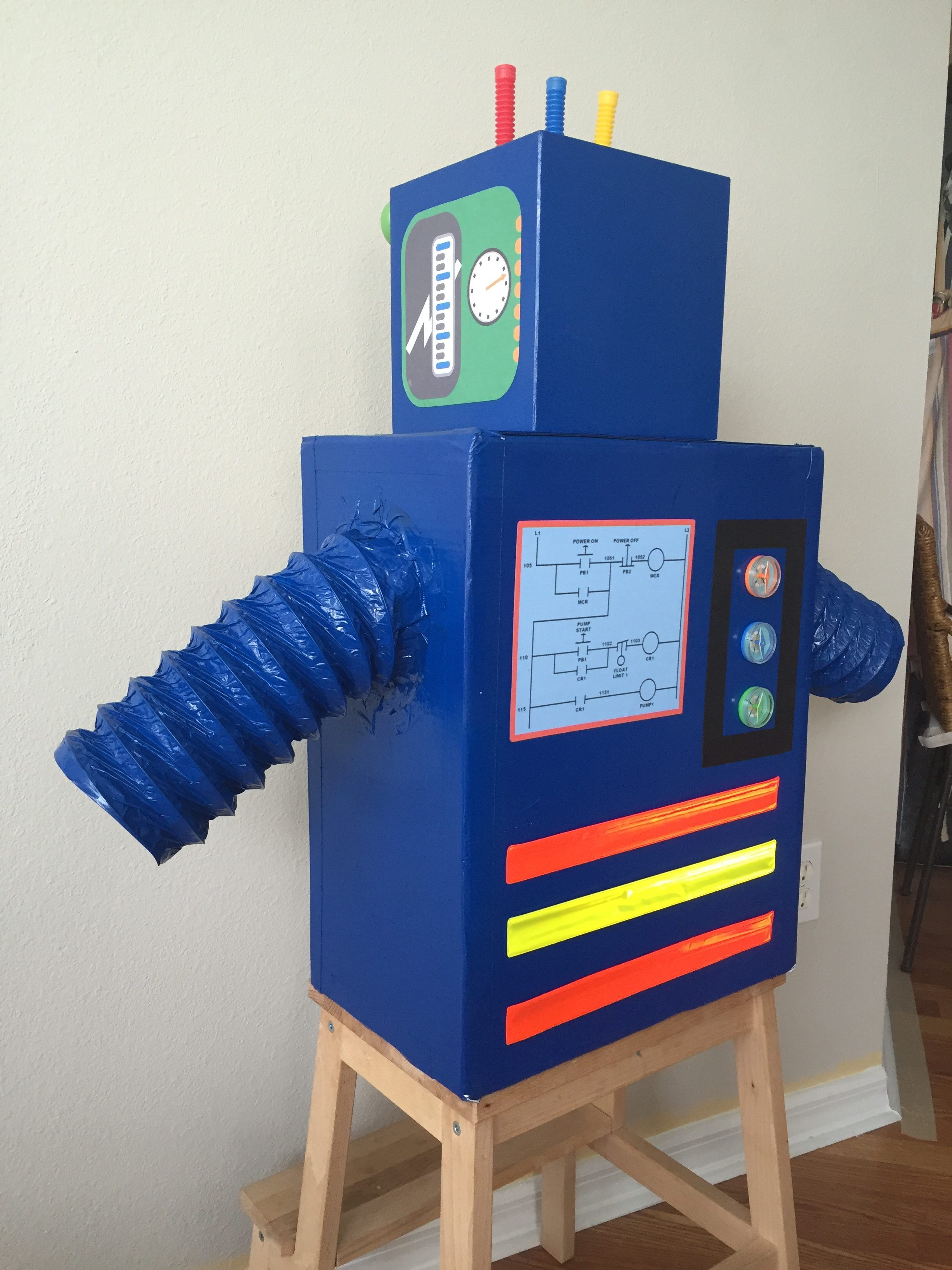 Diy Halloween Kid S Costume The Robot