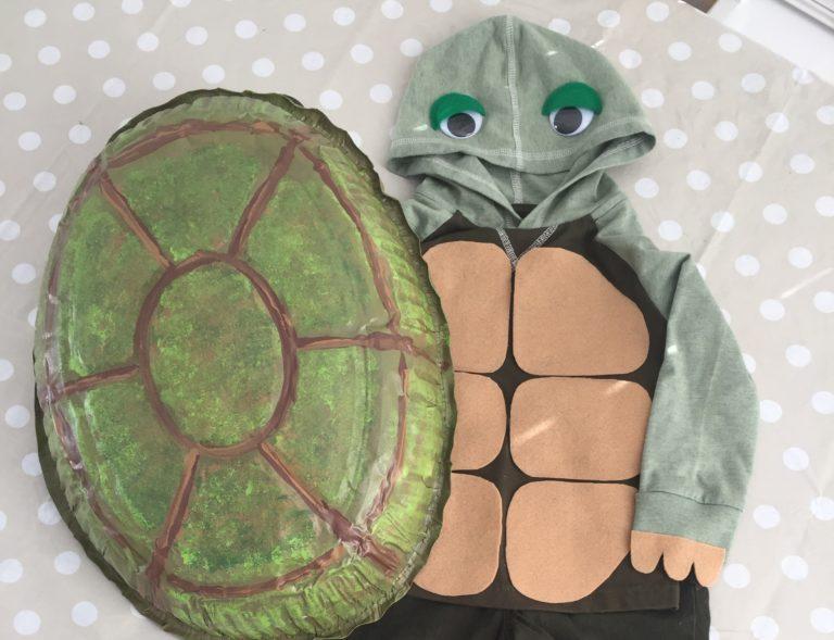 DIY Halloween Kid's Costume: The Turtle