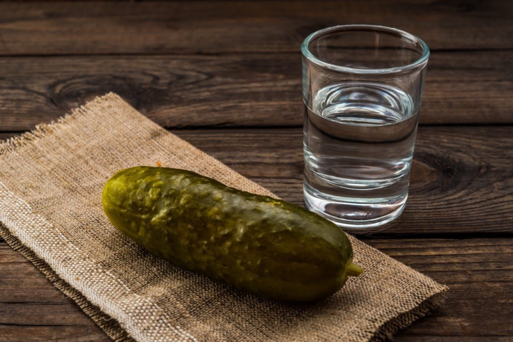 7 Unexpected Benefits of Pickle Juice - Margaritaville Blog