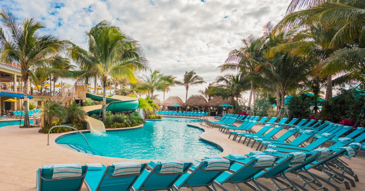 Stupendous Pool Paradise Poolside Cabanas Margaritaville Hollywood Gmtry Best Dining Table And Chair Ideas Images Gmtryco