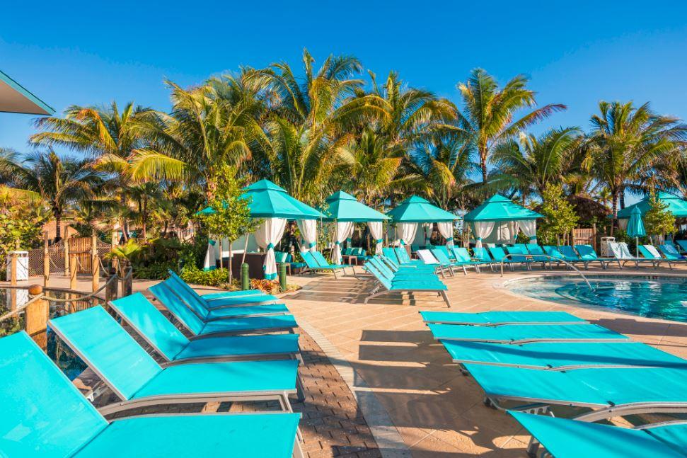 Pool Paradise Amp Poolside Cabanas Margaritaville