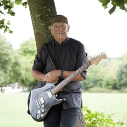 Glide Magazine Interviews Martin Barre of Jethro Tull!